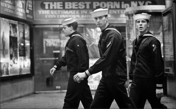 3 Sailors Times Square 1989