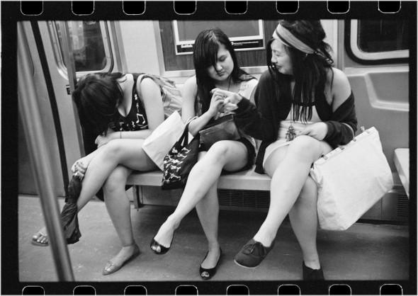 subway-women