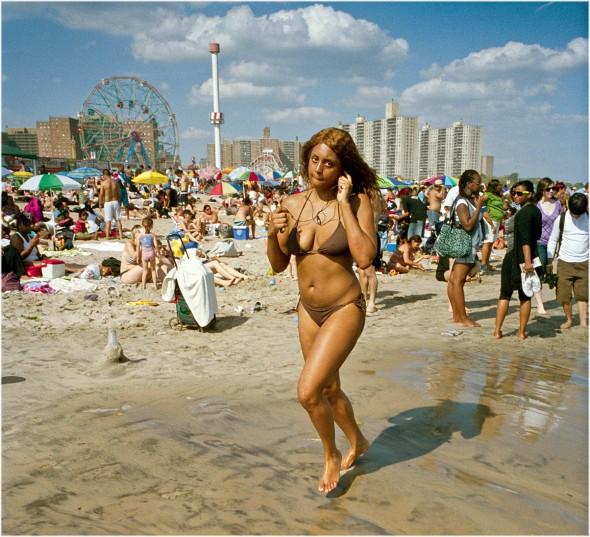coney-island-woman