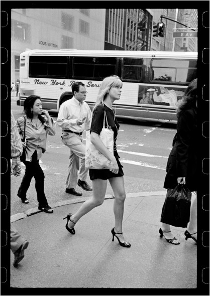 blonde-woman-5thAve